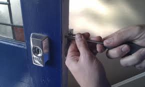 Arreglo de cerraduras 1 - Cerrajeros Motril